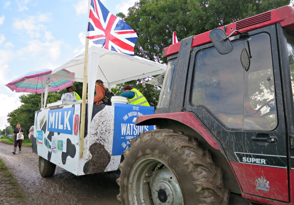 Glastonbury 2016 25 June Saturday afternoon Milk truck WS