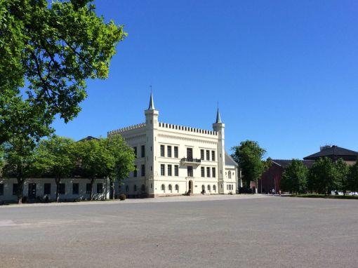 General Glads gård