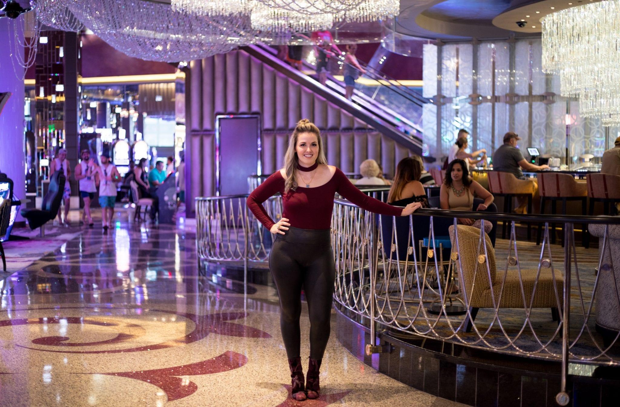 vegas outfit ideas | vegas trip planning | vegas trip outfits | tips for first time in vegas | Vegas outfit ideas summer | meghna jewels | tobi choker crop top | never skip brunch | cara newhart - denver style blogger