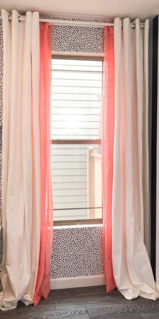Here's how to style colored curtains. Some simple curtain tips and tricks for hanging curtains with sheers that are colored. | never skip brunch by cara newhart #home #design #neverskipbrunch