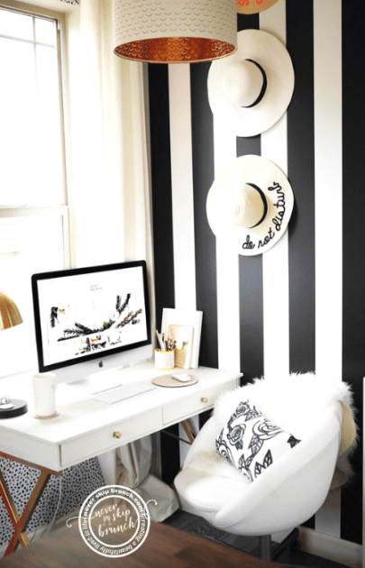 Seriously amazing tips for office decor & styling!! | office ideas | Office Organization | chic office decor | home office design | Never Skip Brunch by Cara Newhart | #home #decor #office #neverskipbrunch