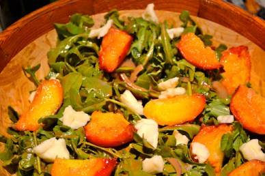 Grilled Peach Salad with Mozzarella and Arugula