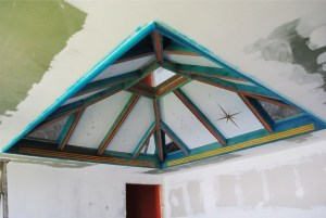 The artistic roof that was painted by Isis Richards and her colleagues. They also built the roof.