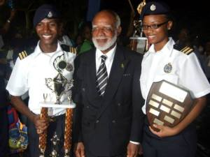 Governor General His Excellency Sir Edmund Lawrence poses with winning team