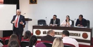 """Gülşehir MYO'dan """"Sigortacılık Sektöründe Başarının Anahtarı"""" Konulu Panel"""