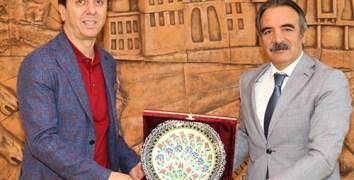 Nevşehir Belediyespor Yönetiminden Rektör Bağlı'ya Ziyaret