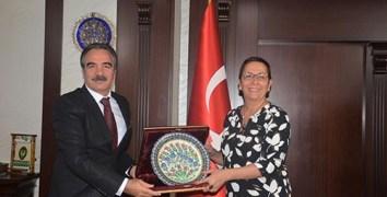 Nevşehir Hacı Bektaş Veli Üniversitesi (NEVÜ) Rektörü Prof. Dr. Mazhar Bağlı Tarım İşletmeleri Genel Müdürü (TİGEM) Ayşe Ayşin Işıkgece'yi ziyaret etti.
