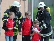 14-06-2013 unterallgau hawangen mehrzweckhalle Feuerwehr-ubung poeppel new-facts-eu20130614 titel
