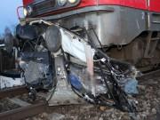 31-12-2013 unterallgau sontheim bahnunfall zwei-tote zug-pkw poeppel new-facts-eu20131231 titel