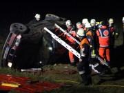 16-03-2014 unterallgaeu mussenhausen st2013 unfall eingeklemmt feuerwehr poeppel new-facts-eu20140316 titel