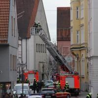 02-01-2014_memmingen_rauchentwicklung_altstadt_einlass_feuerwehr_poeppel_new-facts-eu20140102_0001