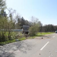 02-04-2014_lindau_oberreitnau_lkw_pkw_wohnwagen_unfall_schwerverletzte_groll_new-facts-eu20140402_0013