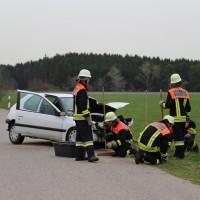 03-04-2014_ostallgaeu_weinhausen_beckstetten_jengen_unfall_frontalzusammenstoss_herbst_new-facts-eu20140403_0014