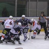 03-11-2013_memmingen_eishockey_indians_ecdc_ev-lindau_niederlage_fuchs_new-facts-eu20131103_0070