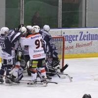 03-11-2013_memmingen_eishockey_indians_ecdc_ev-lindau_niederlage_fuchs_new-facts-eu20131103_0073