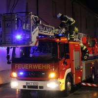 04-01-2014_memmingen_theaterplatz_notruf_brandgeruch_feuerwehr_poeppel_new-facts-eu20140104_0004