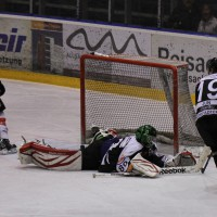 10-01-2014_ecdc-memmingen_indians_eishockey_hochstadter-ec_sieg_fuchs_new-facts-eu20140110_0054