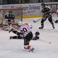 10-01-2014_ecdc-memmingen_indians_eishockey_hochstadter-ec_sieg_fuchs_new-facts-eu20140110_0071