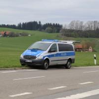 10-04-2014_ravensburg_leutkirch_herlazhofen_unfall_lkw_stop-stelle_groll_new-facts-eu20140410_0016