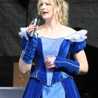 10-05-2014_memmingen_blumenkoenigin_memmingen-blueht_tanz-fest_poeppel_new-facts-eu0004