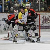 12-01-2014_allgau-derby_eishockey_indians_ecdc-memmingen_erc-sonthofen_niederlage_poeppel_new-facts-eu20140112_0049