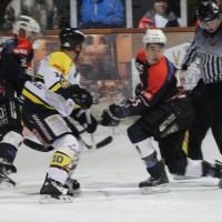 12-01-2014_allgau-derby_eishockey_indians_ecdc-memmingen_erc-sonthofen_niederlage_poeppel_new-facts-eu20140112_0090