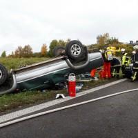 A8 bei Oberelchingen PKW überschlagen