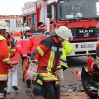 16-01-2014_unterallgau_zell_kronburg_unfall_verletzte_feuerwehr_groll_new-facts-eu20140116_0021