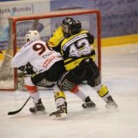 16-03-2014_eishockey_ecdc-memmingen_indians_erc-sonthofen_poeppel_new-facts-eu20140316_0093