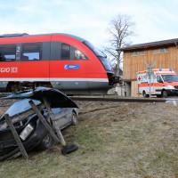 18-01-2014_oberallgau_seeg-zeil_bahnunfall_pkw_regionalbahn_bringezu_new-facts-eu20140118_0006