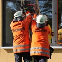 18-10-2013_biberach_hürbel_grundschule_brandschutz_feuerwehr-gutenzell_poeppel_new-facts-eu20131018_0019