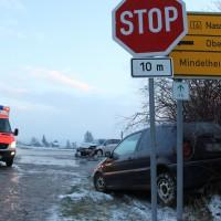 26-11-2013_unterallgäu_westernach_unfall_winter_verletzte_poeppel_new-facts-eu20131126_0003_1