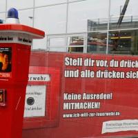 28-09-2013_neu-ulm_brandschutzwoche_feuerwehraktionswoche_eroffnung_mobel-mahler_wis_new-facts-eu20130928_0005