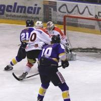 29-11-2013_ecdc-memmingen_eishockey_indians_ehc-waldkraigburg_bel_fuchs_new-facts-eu20131129_0025