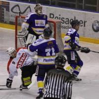29-11-2013_ecdc-memmingen_eishockey_indians_ehc-waldkraigburg_bel_fuchs_new-facts-eu20131129_0042