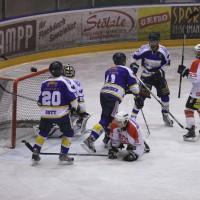 29-11-2013_ecdc-memmingen_eishockey_indians_ehc-waldkraigburg_bel_fuchs_new-facts-eu20131129_0078