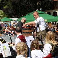 31-05-2014_memminger_stadtfest_stadtkapelle_anstich_poeppel_new-facts-eu_0039
