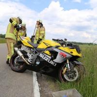 01-06-2014_unterallgaeu_benningen_memmingerberg_unfall_motorrad_feuerwehr_groll_new-facts-eu20140601_0002