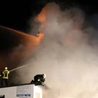 09-06-2014-unterallgaeu-mindelheim-brand-autowerkstatt-gaslager-feuerwehr-brandursache-poeppel-new-facts-eu_0037