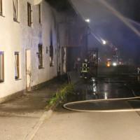 18-07-2014-ostallgaeu-kaufbeuren-hirschzell-brand-bauernhof-feuerwehr-bringezu-new-facts-eu20140718_0010