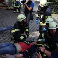 03-08-2014-kempten-allgaeu-katastrophenschutzuebung-feuerwehr-thw-brk-juh-festwoche-groll098
