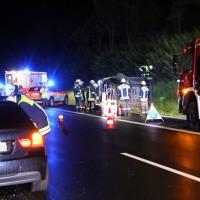 26-08-2014-a96-mindelheim-stetten-unfall-transporter-regen-pkw-feuerwehr-poeppel-new-facts-eu (14)
