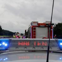 27-07-2014-a7-altenstadt-illertissen-unfall-400ps-sportwagen-feuerwehr-polizei-wis-new-facts-eu (12)