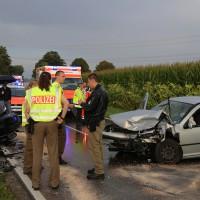 05-09-2014-buxheim-steinheim-egelseerstrasse-unfall-frontal-verletzt-feuerwehr-poeppel-new-facts-eu (5)
