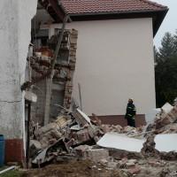 BY Unterfahlheim Hausmauer eingestürzt