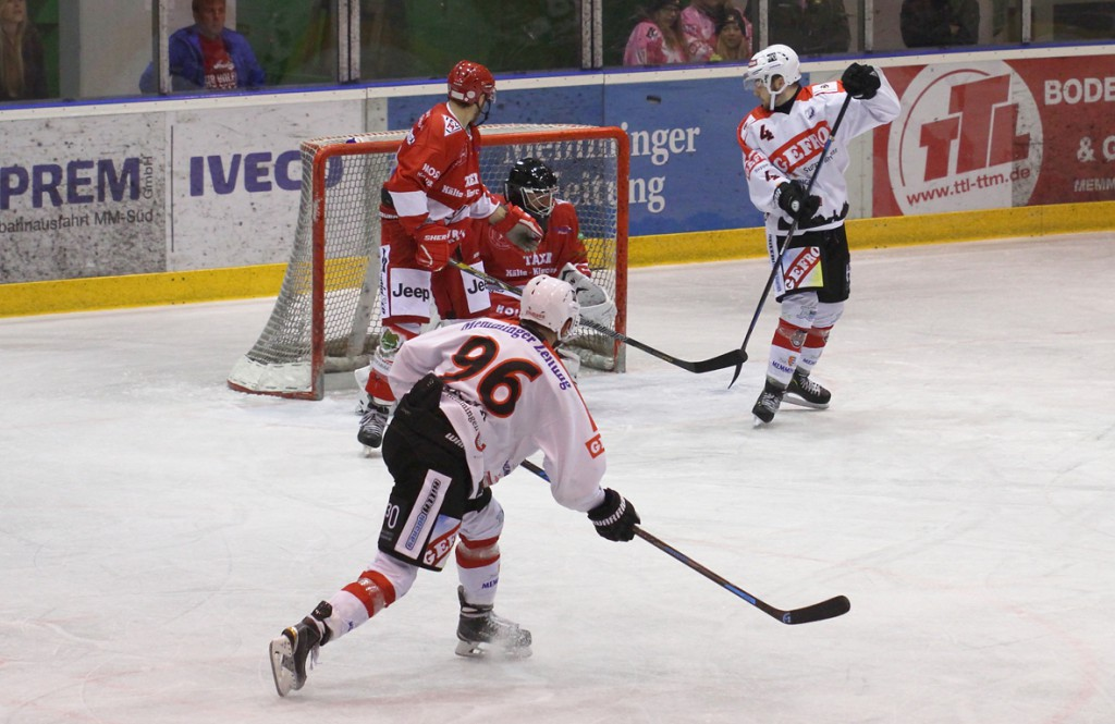 24-10-2014-ecdc-indians-miesbach-niederlage-eishockey-fuchs-new-facts-eu20141024_0063
