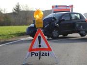 14-11-2014-b300-heimertingen-unfall-lkw-pkw-verletzte-poeppel-new-facts-eu20141114_0006