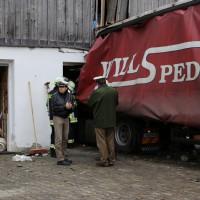 02.12.2014 LKW-in-Haus-Totalschaden-Fahrer-tot-Feuerwehr-Polizei- Rettungsdienst-Halblech-Vollsperrung-Bringezu-New-facts (29)