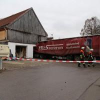 02.12.2014 LKW-in-Haus-Totalschaden-Fahrer-tot-Feuerwehr-Polizei- Rettungsdienst-Halblech-Vollsperrung-Bringezu-New-facts (39)