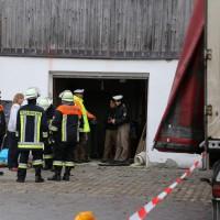 02.12.2014 LKW-in-Haus-Totalschaden-Fahrer-tot-Feuerwehr-Polizei- Rettungsdienst-Halblech-Vollsperrung-Bringezu-New-facts (65)